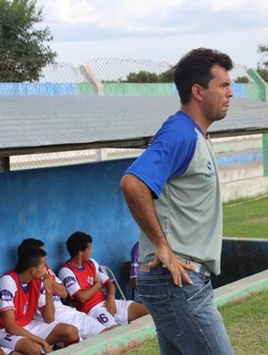 Danilo Queiroz, treinador do Barras (Foto: Josiel Martins)