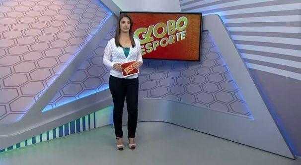Tamara Oliveira no comando do GE local (Foto: Divulgação / TV Sergipe)