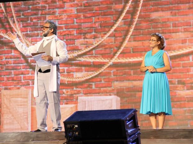 Dramaturgo Américo Alvarez recebeu homenagem em espetáculo (Foto: Jamile Alves/G1 AM)