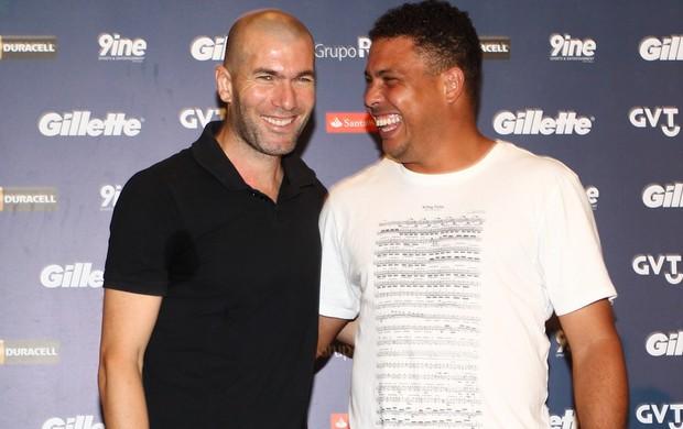 Zidane e Ronaldo participam de coletiva (Foto: Manuela Scarpa / Foto Rio News)