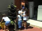 Candidatos a Jornalista Mirim fazem combate ao Aedes aegypti em escola
