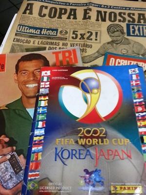 Revistas e livros da Copa Livraria Flamingo 1 (Foto: Roberta Oliveira)