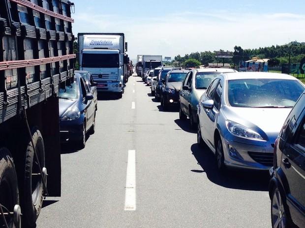Trecho de Laguna é o mais congestionado (Foto: Gabriel Felipe/RBS TV)