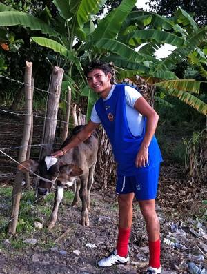 Criação de vacas do time Tiradentes 2  (Foto: Luana Andrade/ Globoesporte.com)