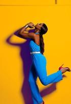 Cris Vianna, de 'Império', mostra looks supercoloridos para o verão 2015 em ensaio de moda para o EGO