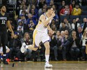 Com Thompson a mil, Warriors batem Wolves e chegam à 12ª vitória seguida