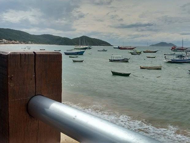 Orla Bardot fica em frente à Praia da Armação, em Búzios, RJ (Foto: Paulo Henrique Cardoso/G1)