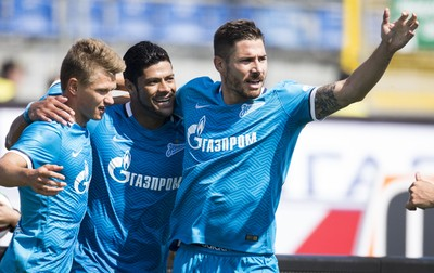 Hulk Zenit Dínamo Moscou (Foto: Divulgação Zenit São Petersburgo)
