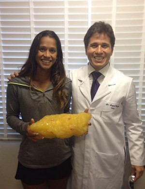 """Teliana Pereira comemora: """"Perdi 5kg"""" (Foto: Reprodução/Facebook)"""