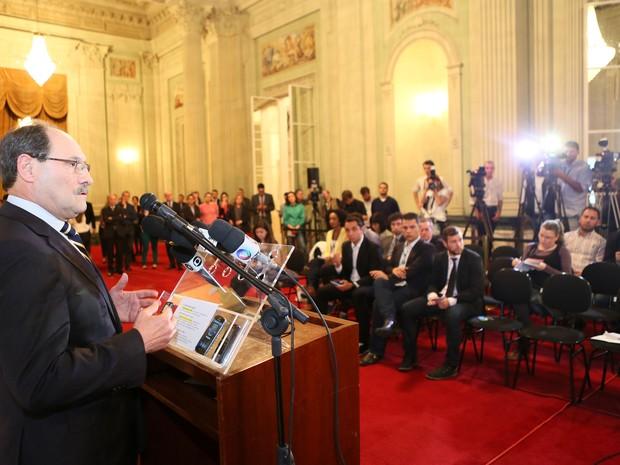 José Ivo Sartori pronunciamento RS (Foto:  Luiz Chaves/Palácio Piratini)