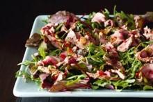'Nigella' - salada anglo-asiática cordeiro
