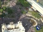 Multidão de fiéis invade as ruas de Belém na grande procissão do Círio