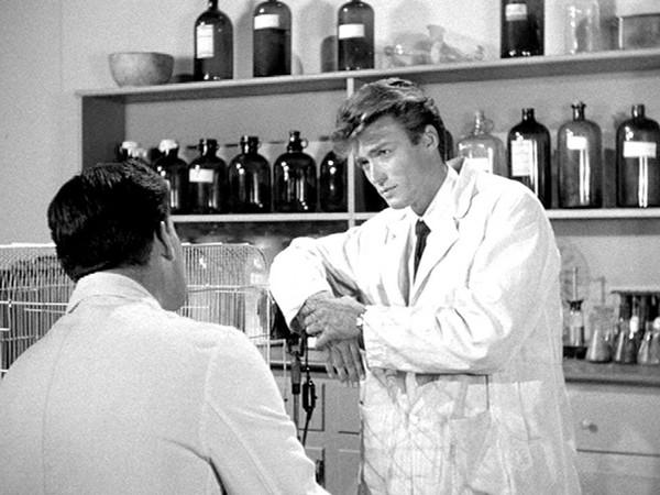 Clint Eastwood em 'A revanche do Monstro'(1955) (Foto: Divulgação)
