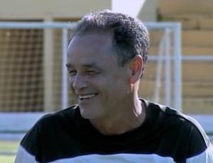 Treinador Roberval Davino do Luverdense (Foto: Reprodução/TVCA)
