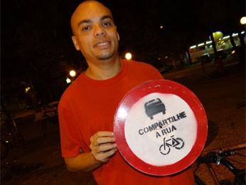 Braz Pereira participou da mobilização (Foto: Luna Markman/G1)