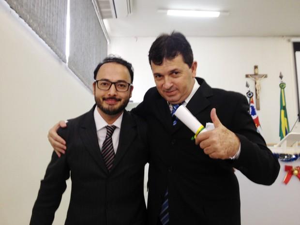 Luccas Inague Rodrigues (PP) e Reginaldo Luiz Ernesto Cardilo (PP) foram diplomados nesta quarta-feira (14) (Foto: Heloise Hamada/G1)