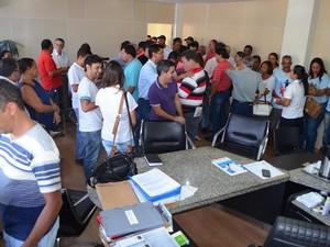 Moradres se reuniram na Prefeitura em apoio a realização do carnaval (Foto: Prefeitura/ Divulgação)