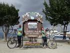 Casal pedala mais de 5 mil km para chegar até o 'fim do mundo'