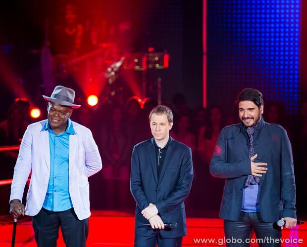 Os dois participantes no palco do programa (Foto: Isabella Pinheiro/TV Globo)