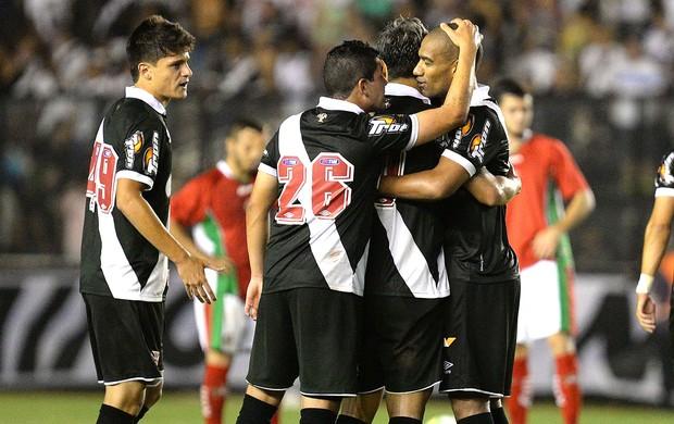 Comemoração do Vasco contra o Boa Esporte (Foto: Marcello Dias / Agência estado)