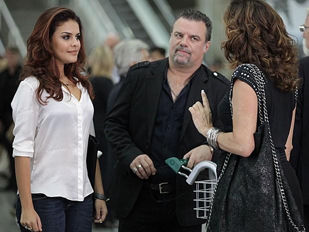 Rosângela reencontra Wanda no aeroporto (Foto: Salve Jorge/TV Globo)