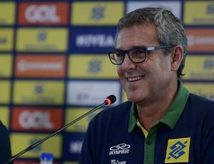 Zé Roberto, técnico vôlei feminino