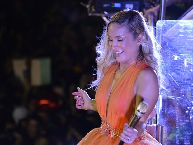 Claudia Leitte canta em micareta em Natal (Foto: Felipe Souto Maior/ Ag. News)