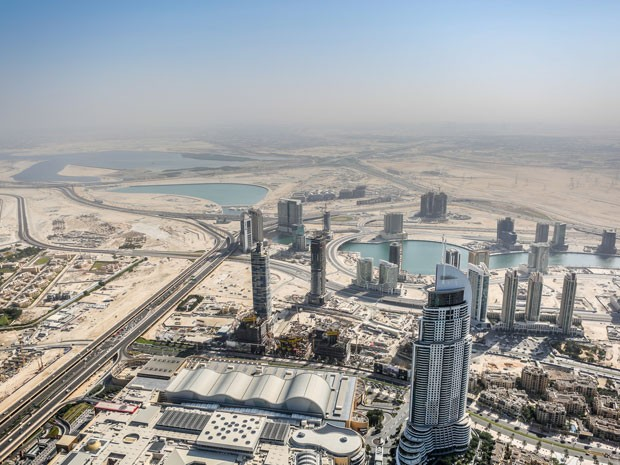 Do alto do prédio Burj Khalifa dá para ver boa parte da cidade (Foto: Isabella Pinheiro/Gshow)