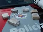 Jovens são detidos com tijolos de maconha em Pederneiras