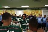 """Após questionar em capa, diretor de revista afirma: """"Palmeiras é grande"""""""