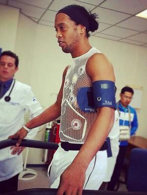 Ronaldinho Gaúcho Exame Querétaro (Foto: Reprodução/ Twitter)