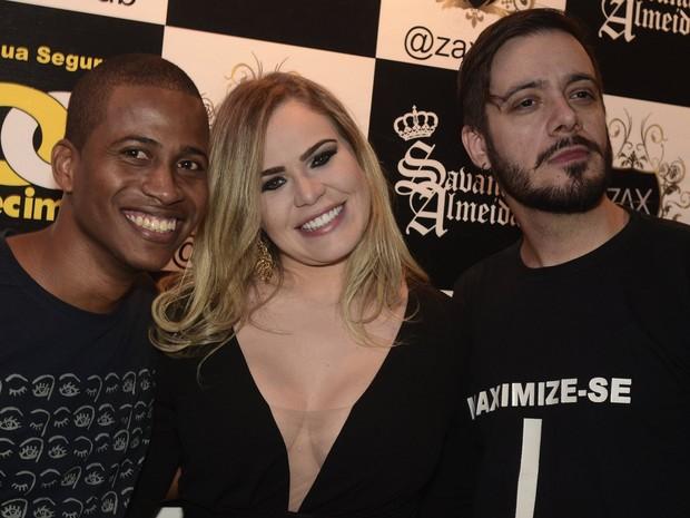 Ex-BBBs Luan, Paulinha e Max Porto em festa na Zona Oeste do Rio (Foto: Roberto Teixeira/ EGO)