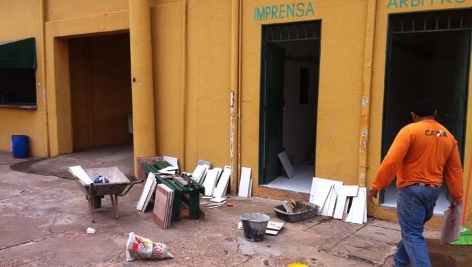 Reforma no Estádio Presidente Dutra Dutrinha em Cuiabá (Foto: Divulgação)