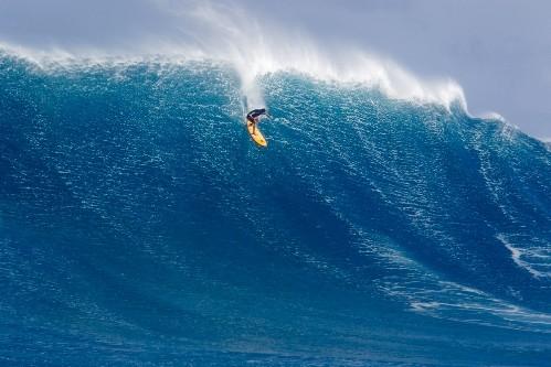 Foto (Foto: Danilo Couto botando para baixo em Jaws - Foto: Fred Pompermayer)