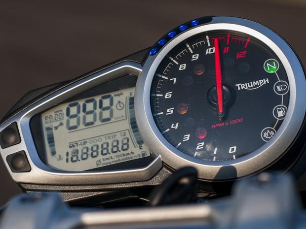 Triumph Speed Triple (Foto: Gustavo Epifanio/G1)
