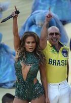 Veja, de todos os ângulos, os looks de JLo e Claudia Leitte na Copa