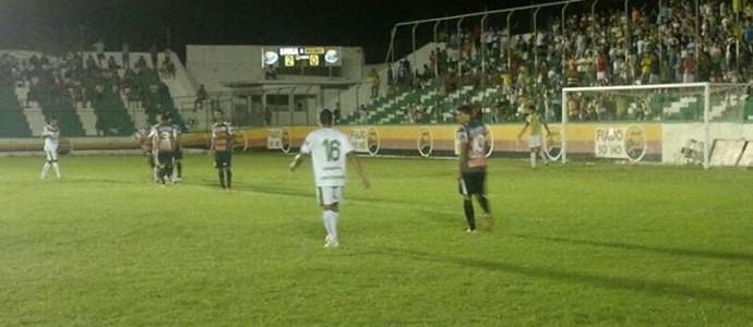 Sousa 2 x 0 Santa Cruz-PB, no Estádio Marizão, pelo Campeonato Paraibano 2014 (Foto: Jéfferson Emmanuel / GloboEsporte.com/pb)