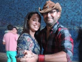 Lucrécia e Manassés não trocam o espaço Sala de Reboco por palco externo nenhum (Foto: Vitor Tavares / G1)
