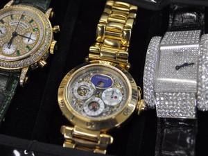 06bad756905 G1 - Justiça fará segundo leilão de relógios do traficante Abadia em ...