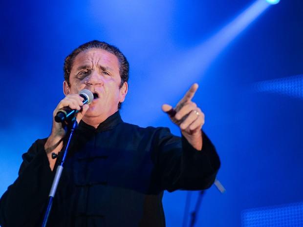 Durante o show que reuniu Sepultura a Zé Ramalho, a multidão gritou o nome de Zé Ramalho. (Foto: Luciano Oliveira / G1)