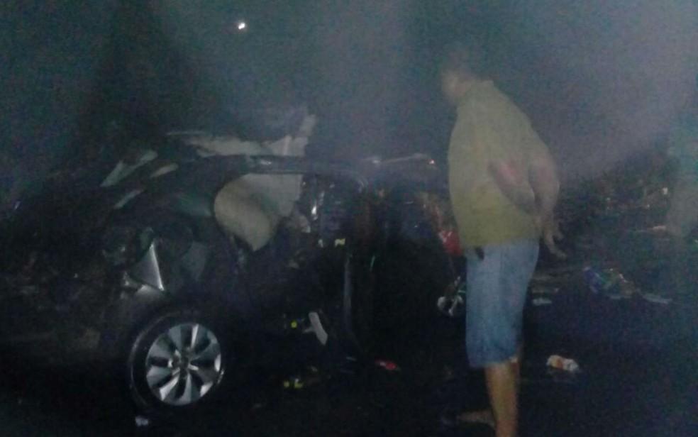 Dois casais foram mortos no acidente (Foto: Eduardo Ferreira/Camamu Notícias)