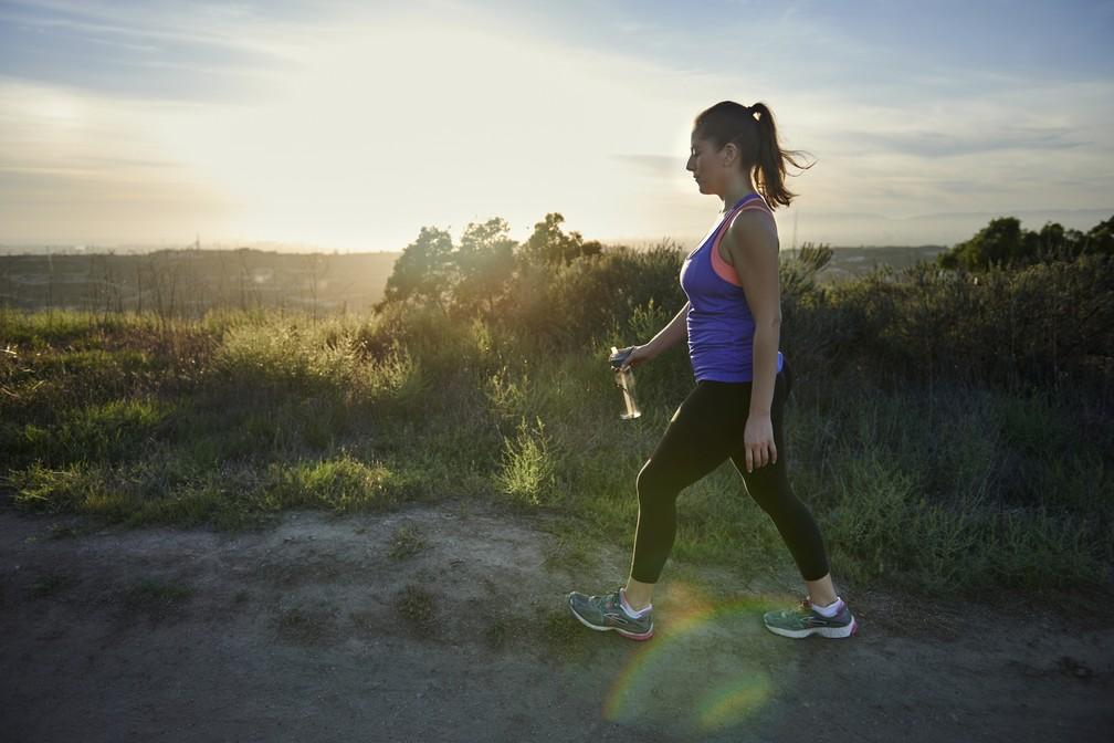 Comece caminhando devagar, por 15 ou 20 minutos, e você já vai ficar motivado para seguir (Foto: Getty Images)