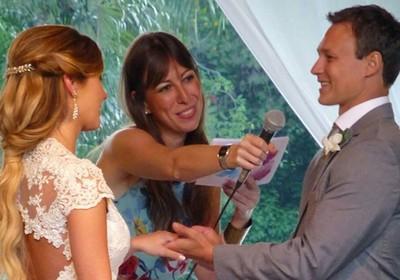 A cerimonialista envolve todos no processo e faz dos noivos os verdadeiros protagonistas do casamento (Foto: Divulgação)