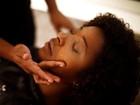 Veja o passo a passo da maquiagem para peles negras feita em Dani Ornellas, de 'Suburbia'