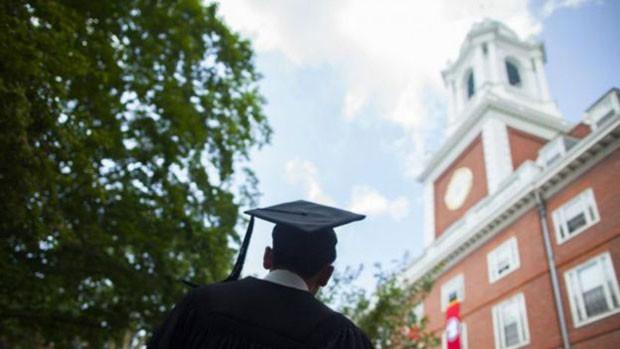 Harvard lidera, ao lado do MIT, em número de cursos líderes em suas áreas (Foto: BBC/Universidade de Harvard)