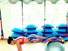 Paloma Bernardi mostra corpo sequinho em treino pré-carnaval