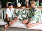 De pés descalços, Xuxa e Neymar se encontram em Angra para gravação