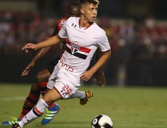 Lucas Fernandes São Paulo (Foto: Rubens Chiri /  site oficial do SPFC)