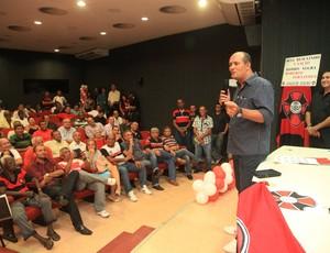Roberto Fernandes é eleito presidente do Moto Club para 2013 (Foto: De Jesus/O Estado)
