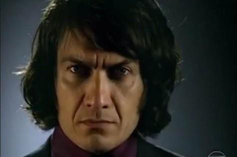 Gabriel Braga Nunes: cabelo comprido para viver lobisomem em 'Saramandaia' (Foto: Reprodução)